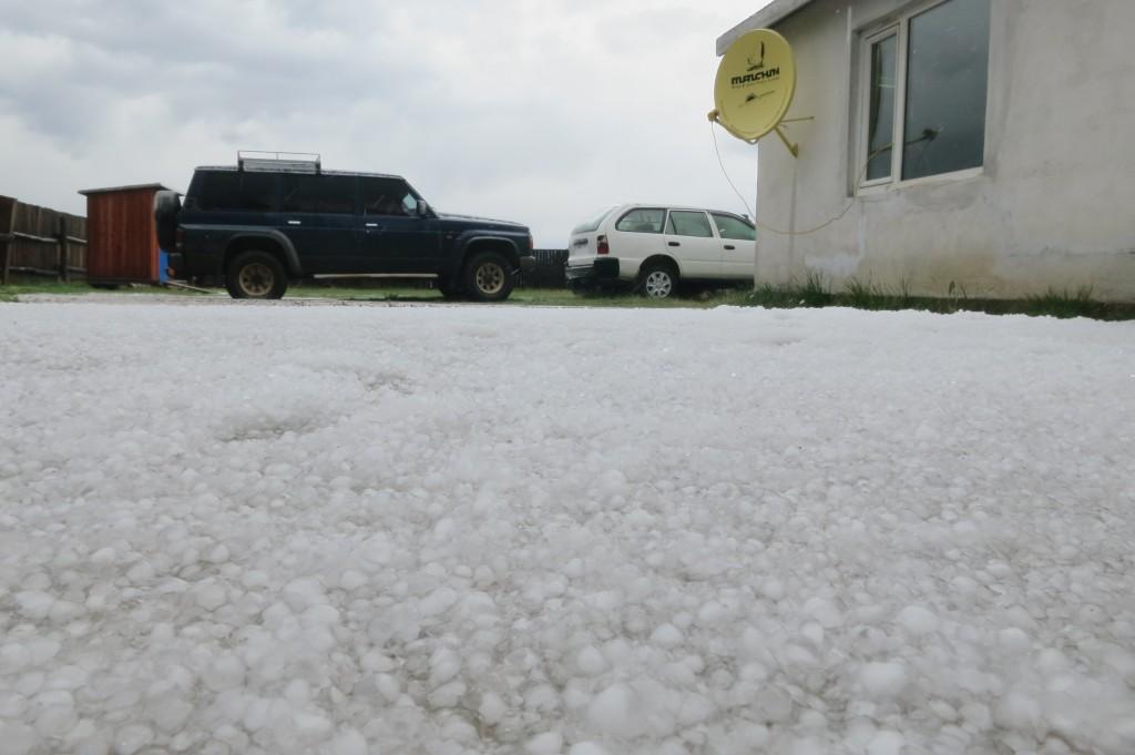 Hail in Tariat