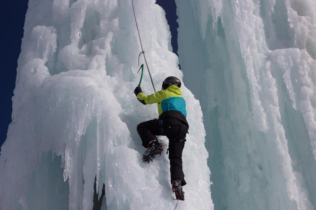Eiskletterkurs für Anfänger am Stubaier Gletscher
