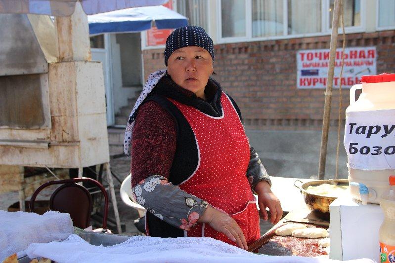 Woman frying Piroshok